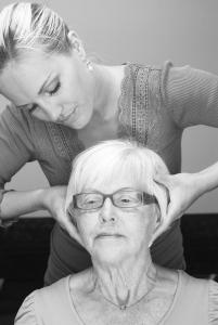 Kiropraktisk undersøkelse og behandling av nakke